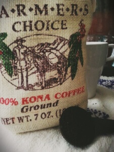 Un cafecin directo desde Hawaii gracias a Ene. #Kona #coffee ☕ (Kona is the source for most of the Best Hawaiian Coffee Brands)